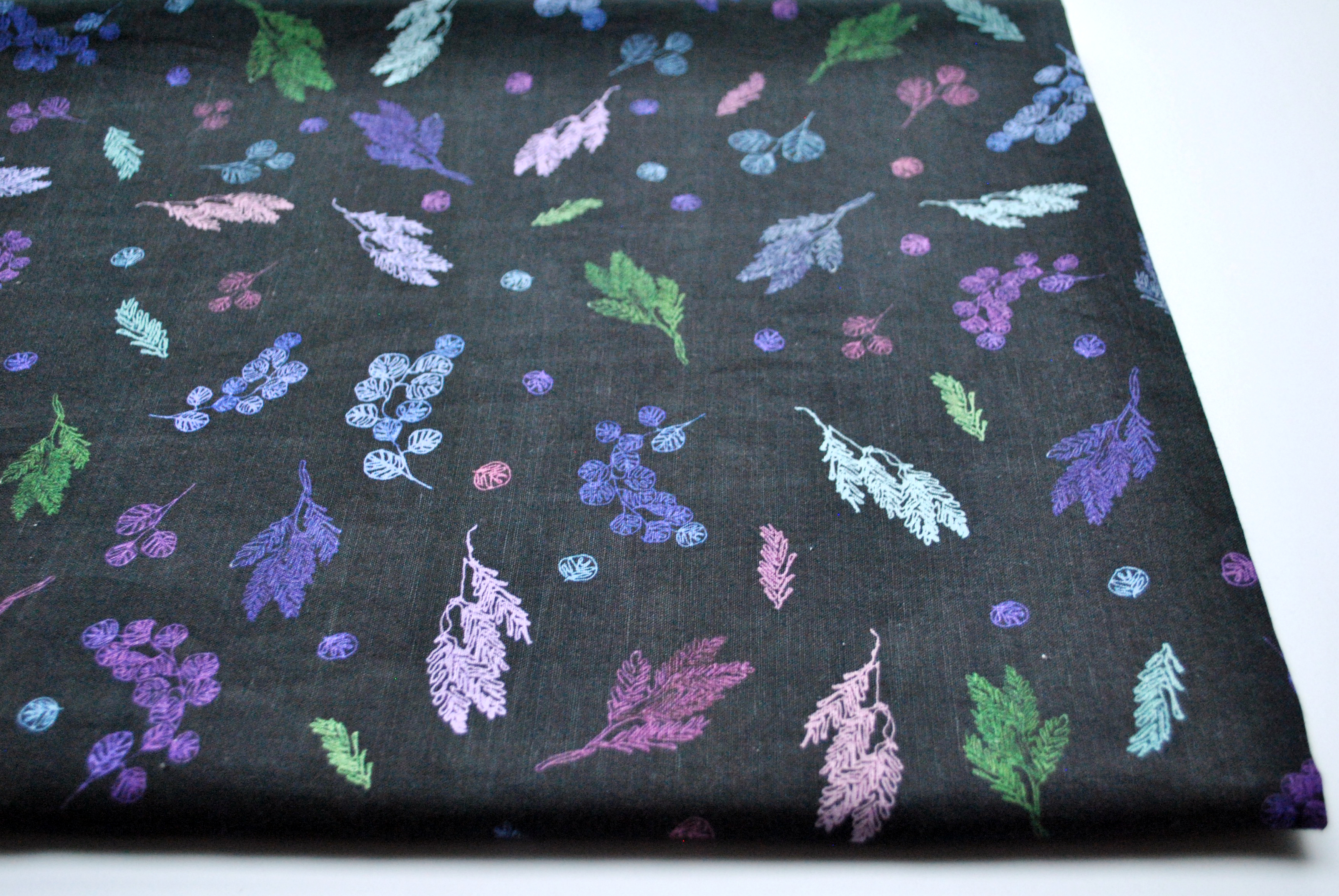 Small Pastel Branches: Linen Cotton Fabric